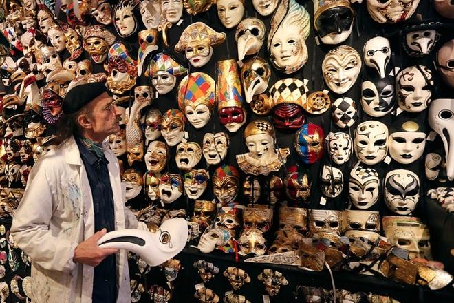venice carnival 8 1422933373 660x0 Khám phá những thiên đường mua sắm cuối năm tại Châu Á