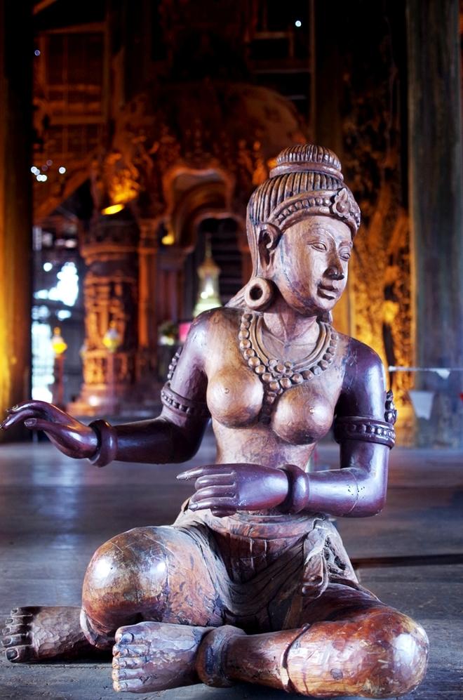 IMGP9178 1423901626 660x0 Khám phá những thiên đường mua sắm cuối năm tại Châu Á