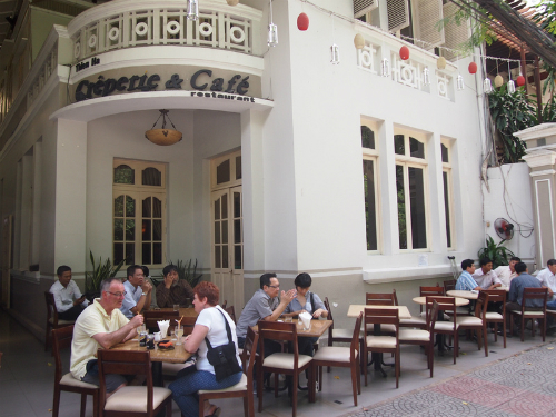 Creperie Cafe 9126 1426068373 Khám phá những thiên đường mua sắm cuối năm tại Châu Á