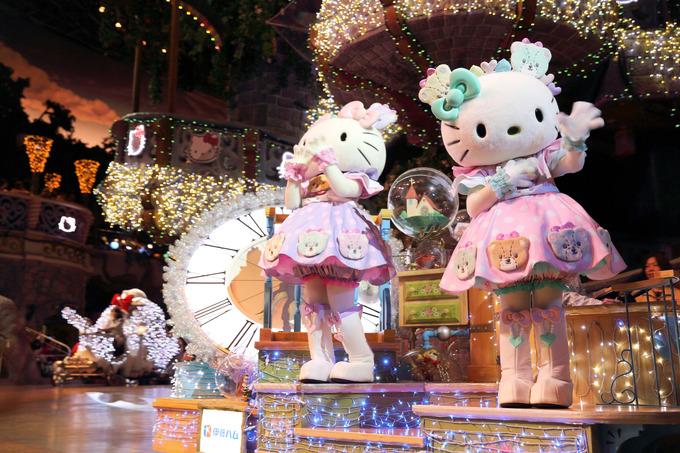 Thế giới mèo Kitty trong công viên giải trí ở Nhật Bản