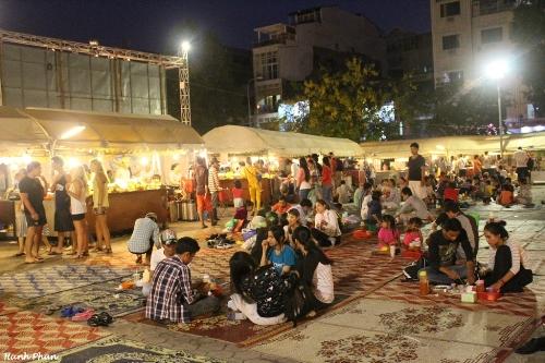 Hinh 2 Cho dem Phnom Penh JPG 6798 1428288944 Khám phá những thiên đường mua sắm cuối năm tại Châu Á