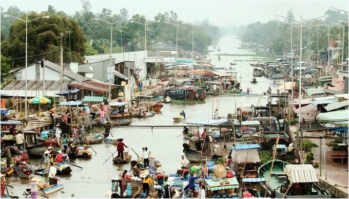 Văn hóa sông nước miền Tây ở chợ nổi Ngã Năm