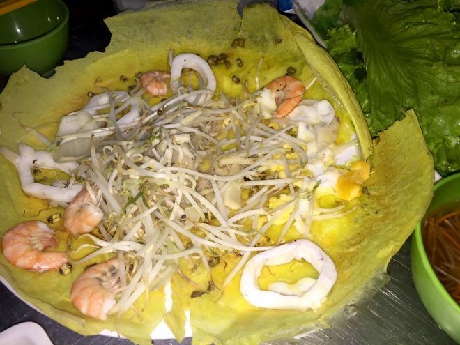 Quán bánh xèo rau rừng Tây Ninh giữa Sài Gòn