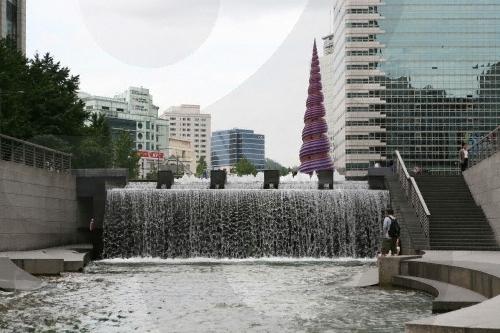 Cheonggyecheon 5891 1428907744 Khám phá những thiên đường mua sắm cuối năm tại Châu Á