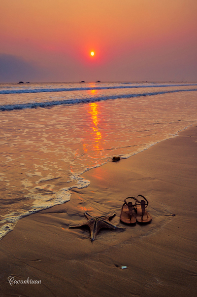 Ráng chiều lấp lánh trên biển Cô Tô