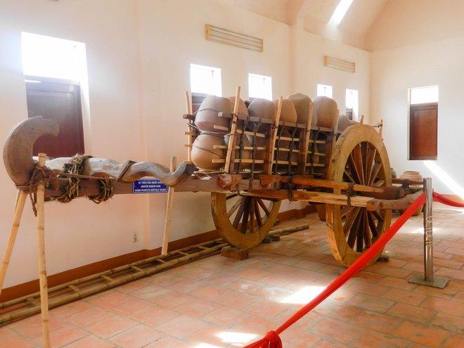 bên trong Tháp Po Klong Garai