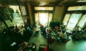 Những quán cà phê của sao Việt ở Sài Gòn
