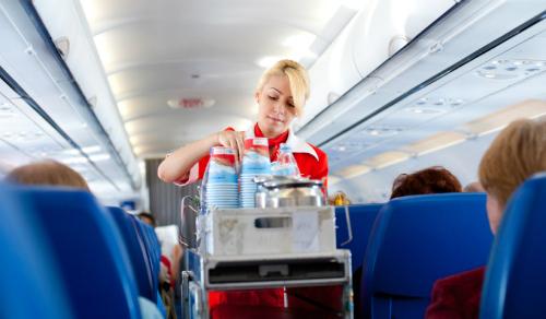 Airplane-Drinks-820x480-8366-1438657995.