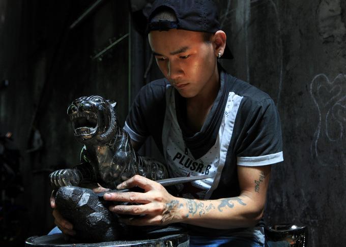Nghề tạo hình than đá ở Quảng Ninh