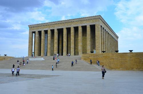 H1-lang-bo-Ataturk-JPG-1208-1439796936.j