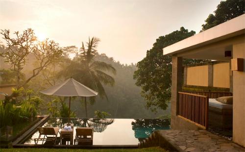 Bạn có thể tìm thấy nhiều khu nghỉ dưỡng rất đẹp và thư giãn ở Bali.