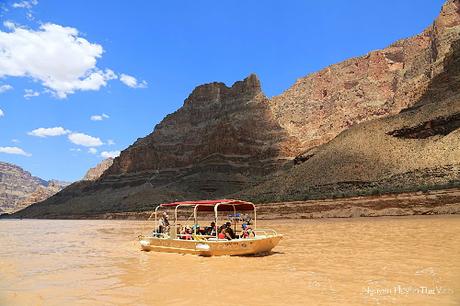Trải nghiệm đi tàu trên dòng Colorado