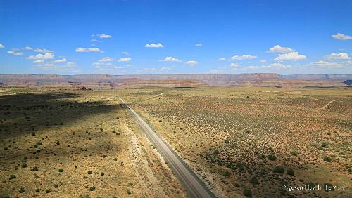 Khung cảnh Grand Canyon nhìn từ trực thăng.