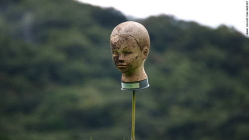 150918121313-japan-scarecrow-6-exlarge-1