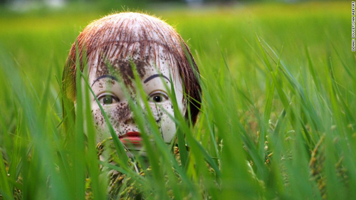 150918143155-japan-scarecrow-10-exlarge-