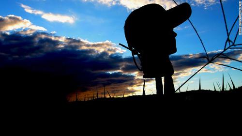 150921162848-japan-scarecrow-irpt-night-