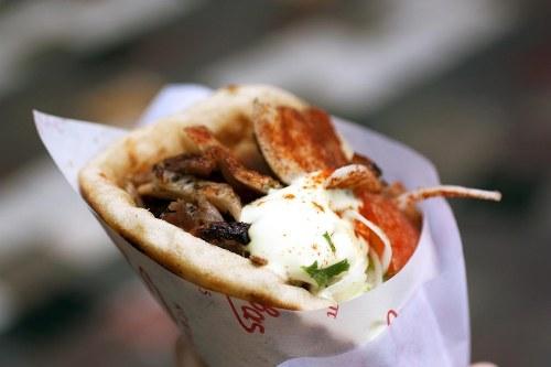 phien-ban-cua-doner-kebab-tren-khap-the-gioi-1