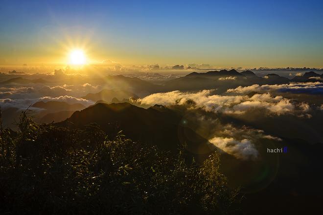 Cảnh tượng kỳ vĩ trên đỉnh Fansipan