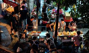 Những khu phố ăn uống hấp dẫn nhất Bangkok