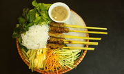 Món ăn mùa đông quanh hồ Hoàn Kiếm