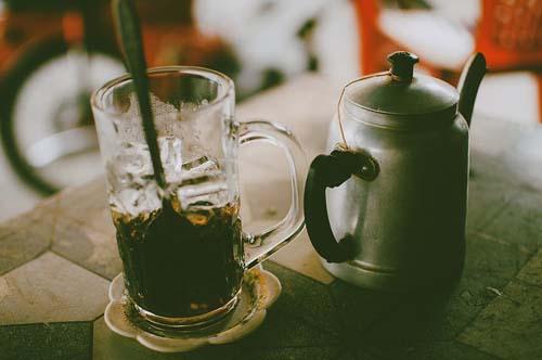 Cà phê là một trong những đồ uống chính và rất được ưa chuộng ở Việt Nam.