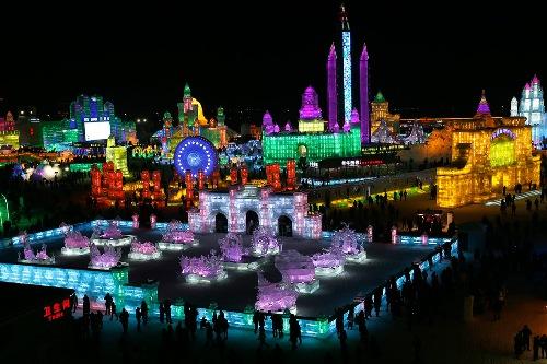 Lễ hội băng đăng Canada lấy cảm hứng từ Trung Quốc