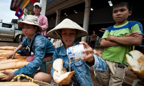 trai-nghiem-nhu-dan-dia-phuong-chinh-hieu-tai-nam-lao-4