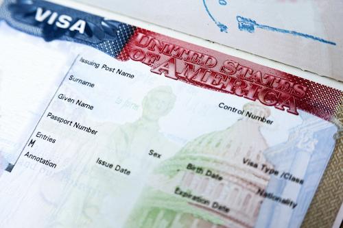 Mỹ thắt chặt yêu cầu thị thực với du khách châu Âu