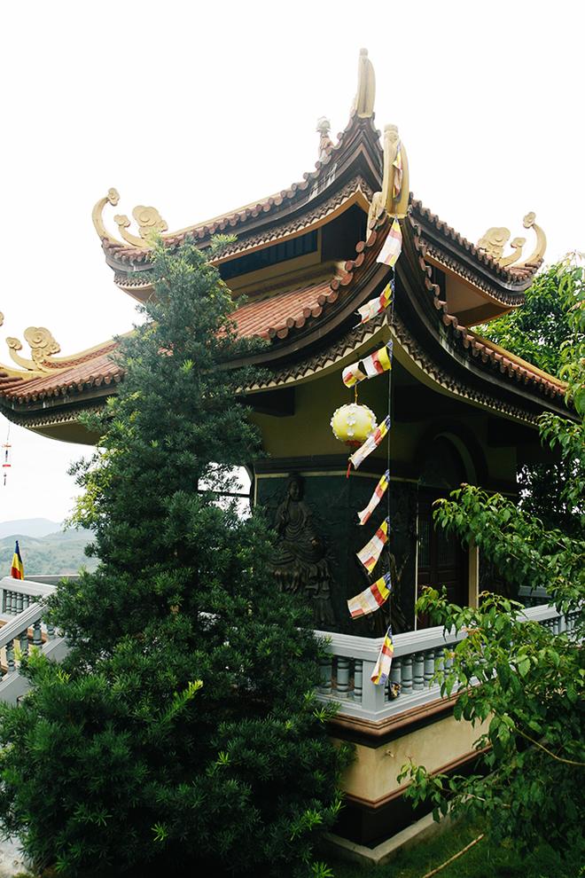 Ngày Tết du ngoạn Thiền viện Trúc Lâm Tây Thiên