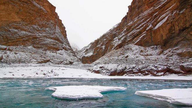 Con đường chỉ xuất hiện vào mùa đông ở himalaya - 11