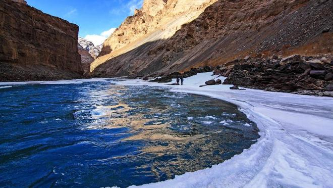 Con đường chỉ xuất hiện vào mùa đông ở himalaya - 4
