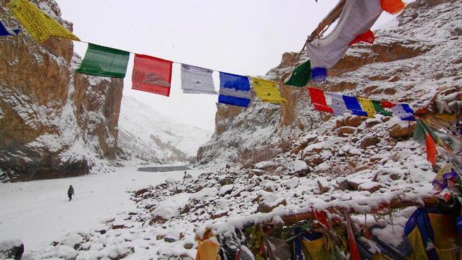 Con đường chỉ xuất hiện vào mùa đông ở himalaya - 8