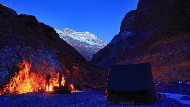 Con đường chỉ xuất hiện vào mùa đông ở himalaya - 9