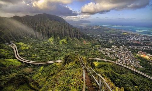 Nấc thang lên thiên đường ở hawaii - 1