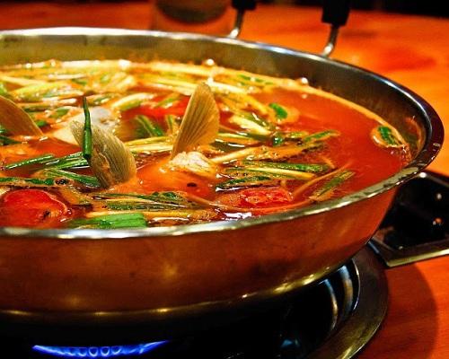 Canh cá chua cay, Quý Châu