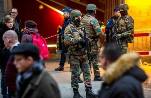 Người phát ngôn của công ty vận tải STIB thủ đô Brussels cho biết sáng ngày 25/3 các nhà ga trong thành phố đón một lượng lớn khách lưu thông. Ảnh: Brussels Times.