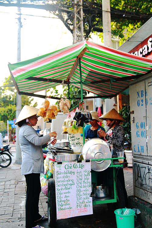Xe chè hơn 40 năm ở Sài Gòn