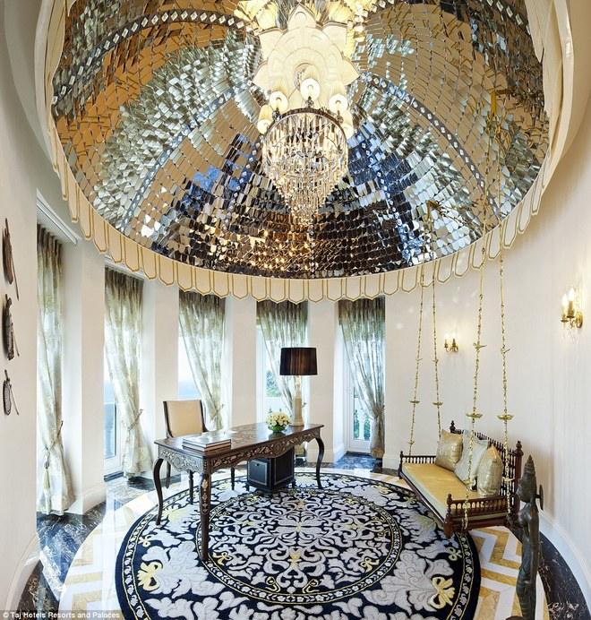 Nơi ở sang trọng của vợ chồng hoàng tử William tại Ấn Độ