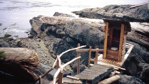 nhung-toilet-da-vao-la-khong-muon-ra-2