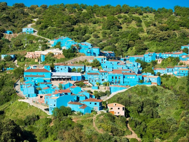 10 ngôi làng đẹp như tranh vẽ trên thế giới