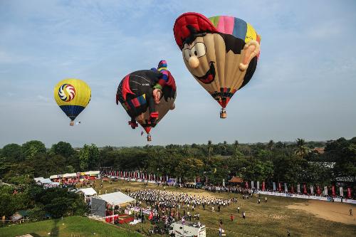 Lần đầu tiên tổ chức thành công trong khuôn khổ Festival Huế 2016, ngày hội khinh khí cầu quốc tế đã xác lập những kỷ lục ấn tượng.