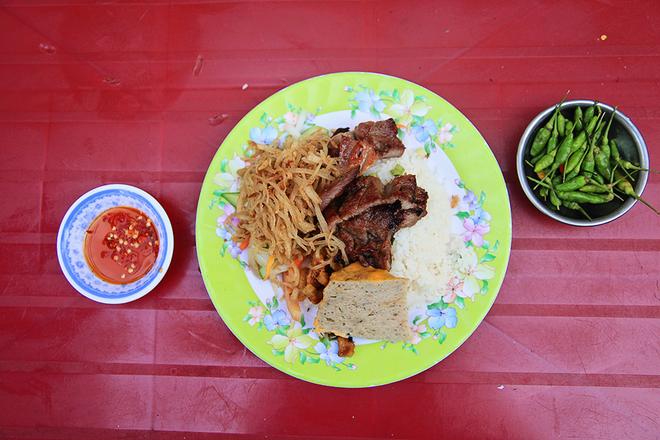 8 địa chỉ ăn uống lâu năm 'thử là ghiền' ở Sài Gòn