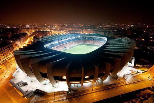 """Chuyện kể về sân vận động có tên """"sang chảnh"""" nhất nước Pháp"""