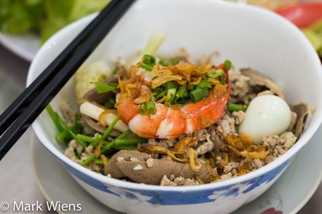Blogger Mỹ gợi ý 10 món ăn ngon ở Sài Gòn