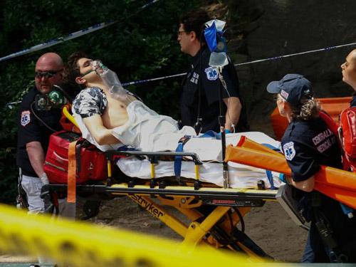 Du khách bị mất chân khi đi dạo trong công viên Mỹ