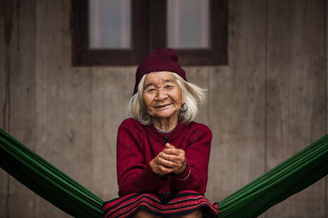 Vẻ đẹp phụ nữ Việt Nam trong mắt nhiếp ảnh gia Pháp