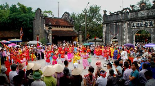 Diễn xướng dân gian- Nguyễn Thiện Tín