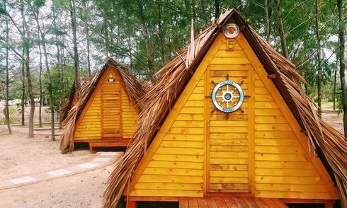 Khu cắm trại với lều du mục bên bờ biển Vũng Tàu
