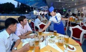 Triều Tiên lần đầu mở lễ hội bia