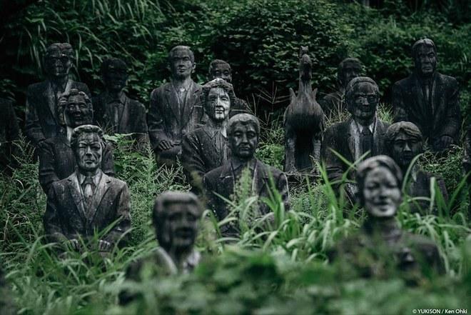 Công viên tượng người đầy ám ảnh ở Nhật Bản